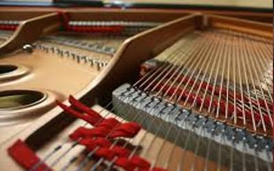 رگلاژ پیانو دیواری